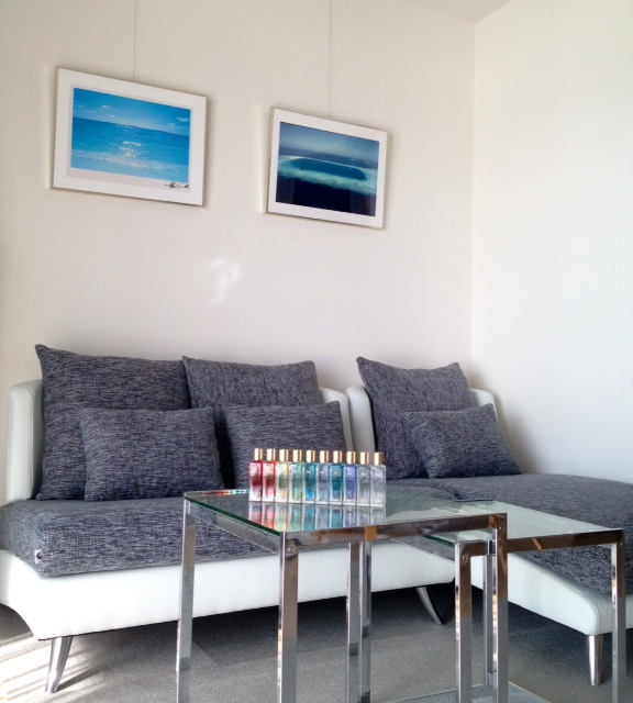 部屋のイメージアップ! デザイン色ともにとても気にいりました。部屋の雰囲気とも合っていてソファの存在感でイメージがアップしました^^ 帰宅するとつい座って一息つきたくなる居場所になっています♪