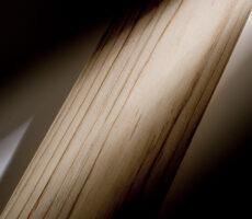 国産ヒノキ材の 木枠フレーム